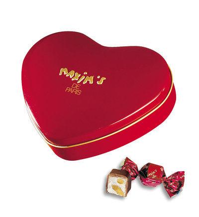 Galeries Lafayette: Boîte cœur Rouge de chocolats au nougat Maxim's