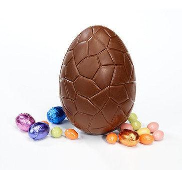 Atelier du Chocolat : Oeuf de Pâques Dino garni 14 cm
